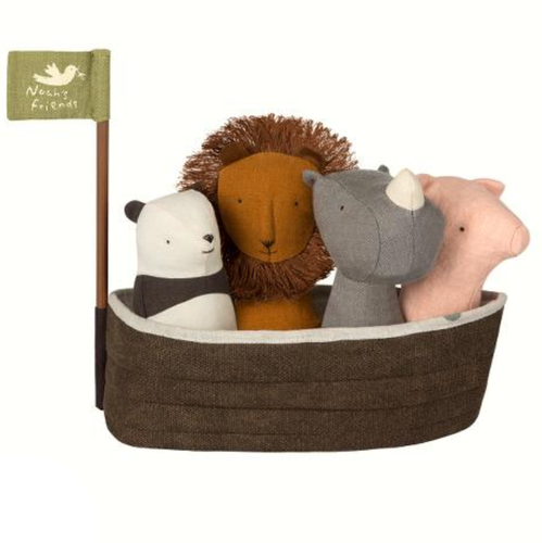 Noahs Ark with 4 Rattles