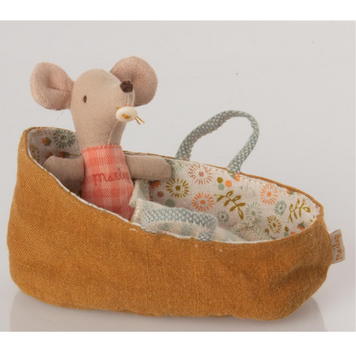 Baby Mouse in Carry Cot