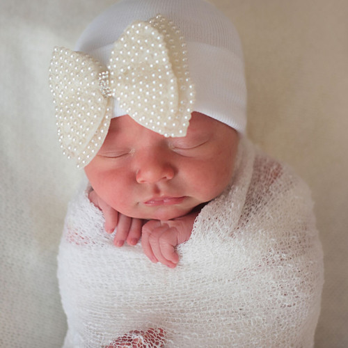 Newborn Bow Hat, Pearl Bow