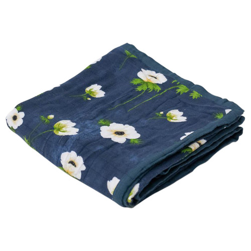 White Anemone Deluxe Muslin Quilt