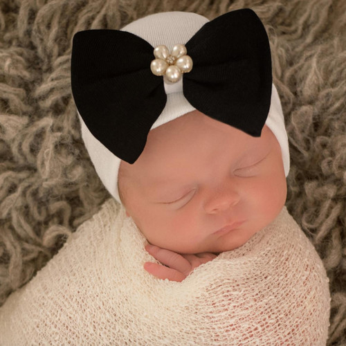 Newborn Bow Hat, Black/Pearls