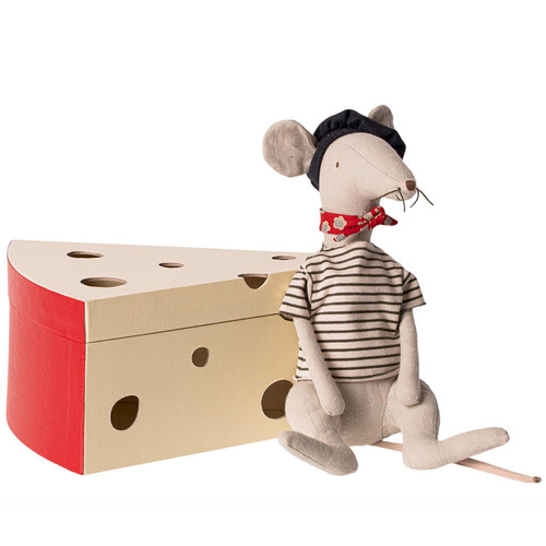 Rat in a Cheese Box, Flax