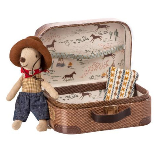 Mouse in Suitcase, Cowboy