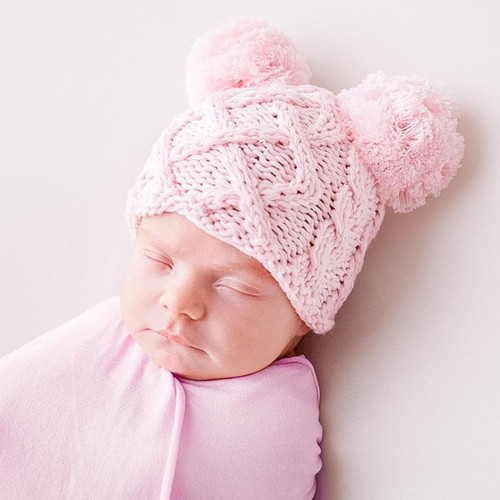 Cable Knit Newborn Pom Hat, Pink
