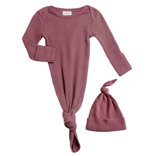 Organic Waffle Knotted Gown & Hat, Winterberry