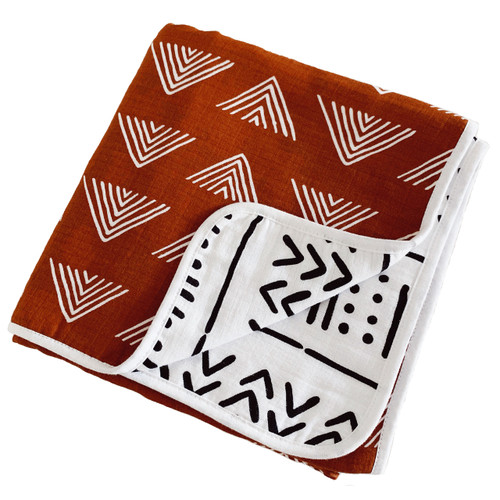Reversible Muslin Quilt, Rust Triangle/White/Black Triangle Mudcloth
