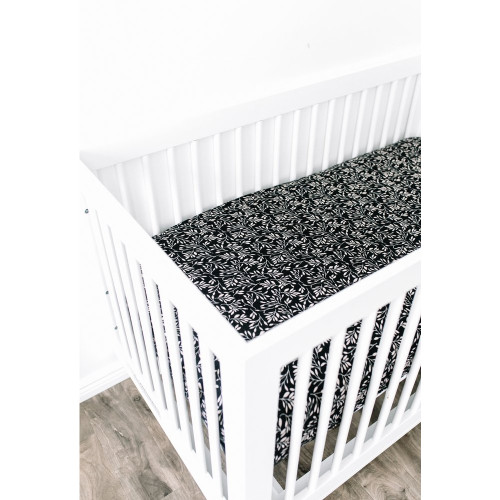 Muslin Crib Sheet, Black Vines