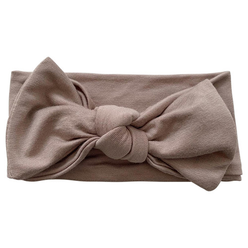 Knot Bow, Clay