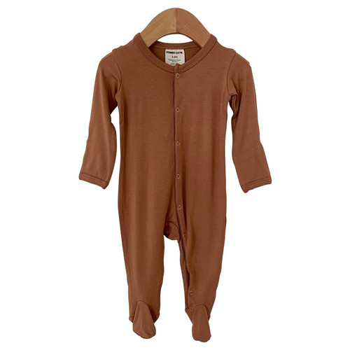 Snap Basic Footed Romper, Caramel