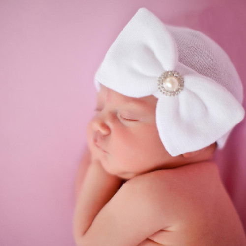 Newborn Bow Hat, White Pearl