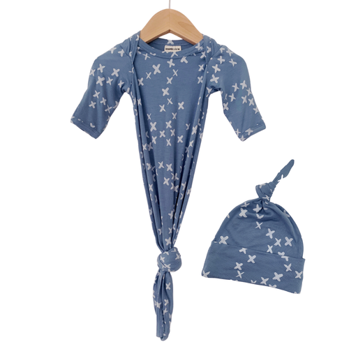Knotted Gown & Hat Set, Blue Kisses