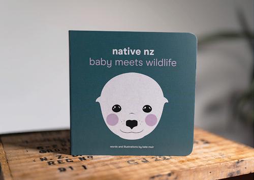Native NZ Baby Meets Wildlife