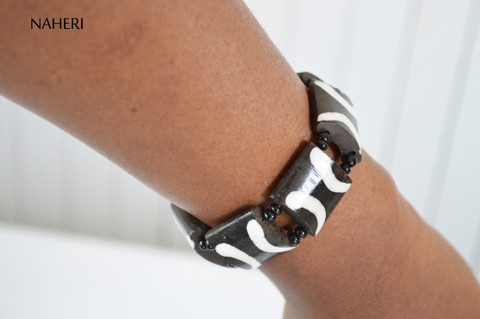 African tribal bracelet beaded bone engraved elastic jewelry