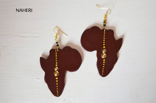 Brown African map wooden earrings
