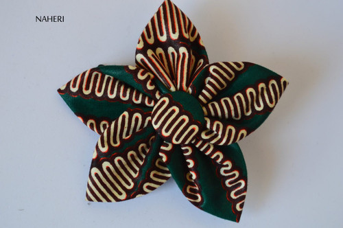 African print star shaped hair clip green