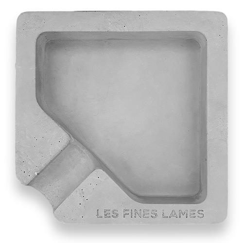 Les Fines Lames Monad Concrete 1-Cigar Ashtray - Grey - Exterior Front