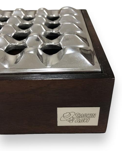Prestige Rockford 'Smokin' Ash 'Aschenbecher aus Metall und Holz - Logo auf der Außenseite