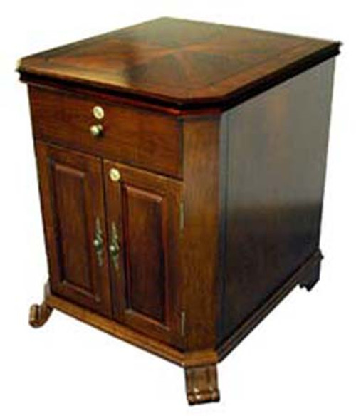 Montegue End Table Humidor - 600 Cigars