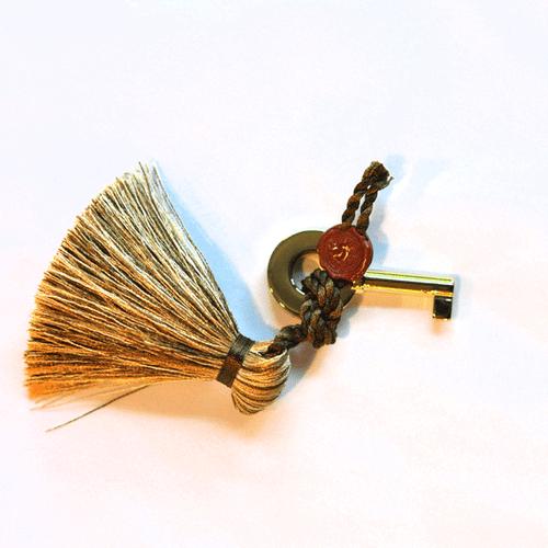 Elie Bleu Humidor Key with Tassel - Gold (NS61AUJT)