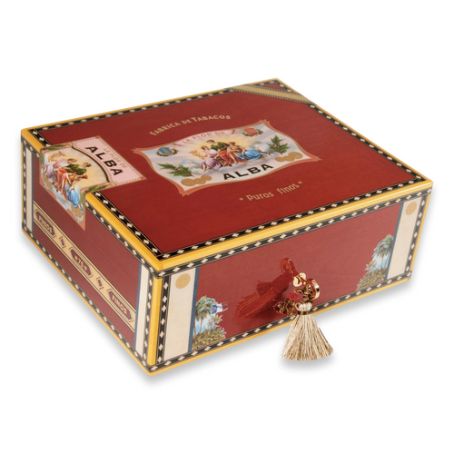 Elie - Bleu - Red - Sycamore - Flor - de - Alba - Collection - Exterior