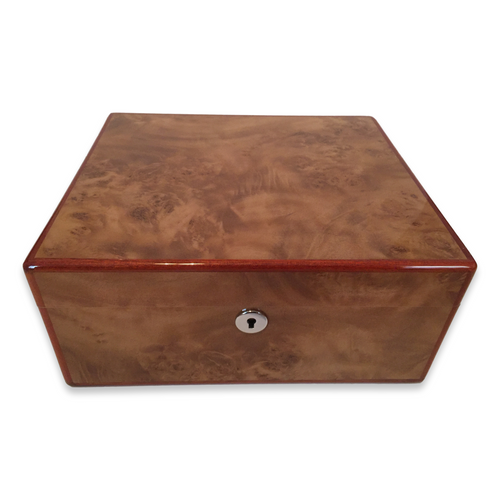 Diamond Crown Wesley 40-Cigar Desktop Humidor - St. James Series (DC-HUM-WESLEY-40) Exterior 2 Key Hole 1