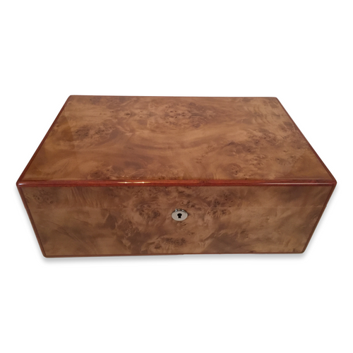 Diamond Crown Wesley 90-Cigar Desktop Humidor - St. James Series (DC-HUM-WESLEY-90) Exterior 1 Key Hole 1