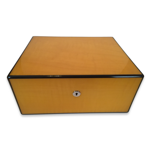 Diamond Crown Sol 75-Cigar Desktop Humidor - Havana Collection (DC-HUM-SOL-75) Exterior 1 Key Hole 1