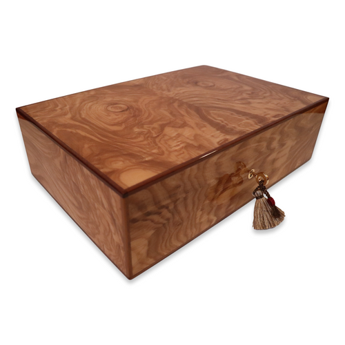 Elie Bleu Olive Wood 110 Cigar Humidor - Classic Collection - exterior with key and tassel