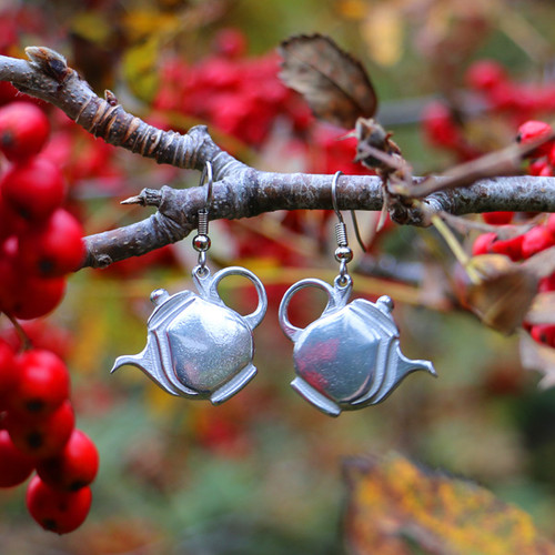 Nan's Tea Pot : Earrings