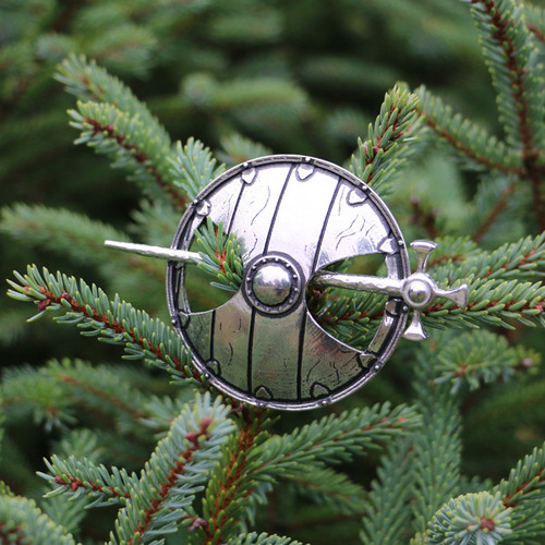 Viking Shield : Shawl Pin
