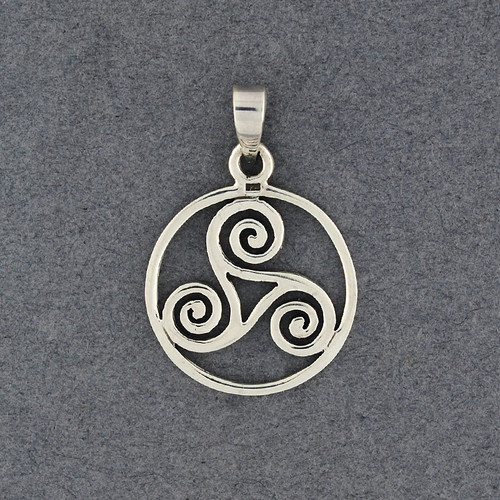 Sterling Silver Triskele in Circle Pendant