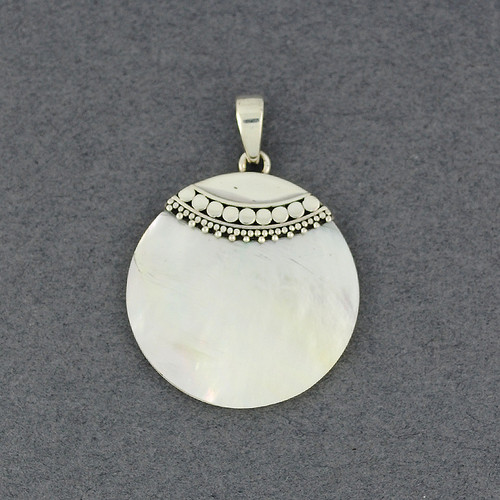 Mother of Pearl Small Round Pendant