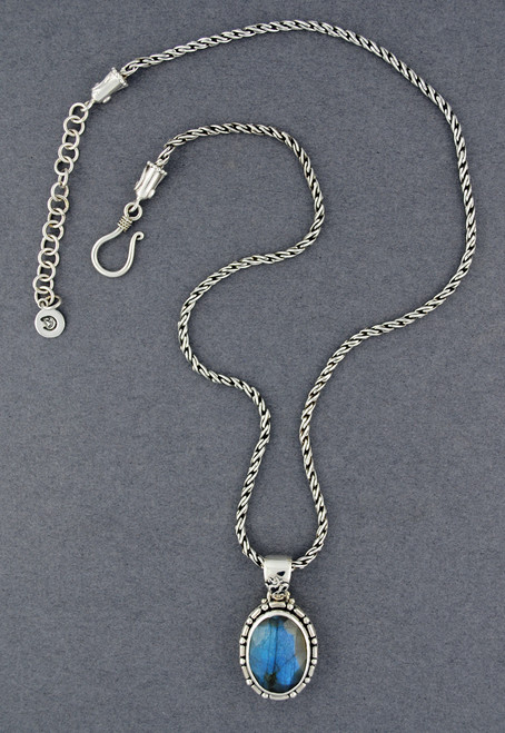 Felina Labradorite Necklace