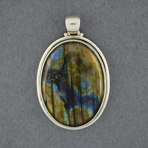 Sterling Silver Labradorite Oval Pendant