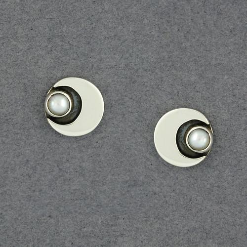 Angloa Pearl Post Earrings
