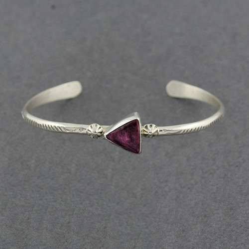 Sterling Silver Purple Spiny Oyster Arrow Cuff