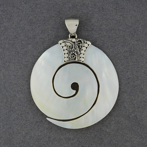 Mother of Pearl Thick Spiral Pendant