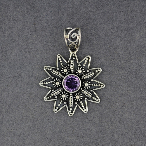Amethyst Detailed Star Pendant