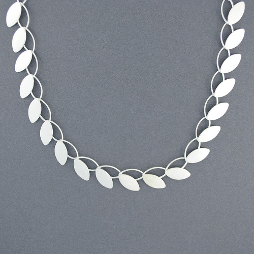 Open Petal Necklace