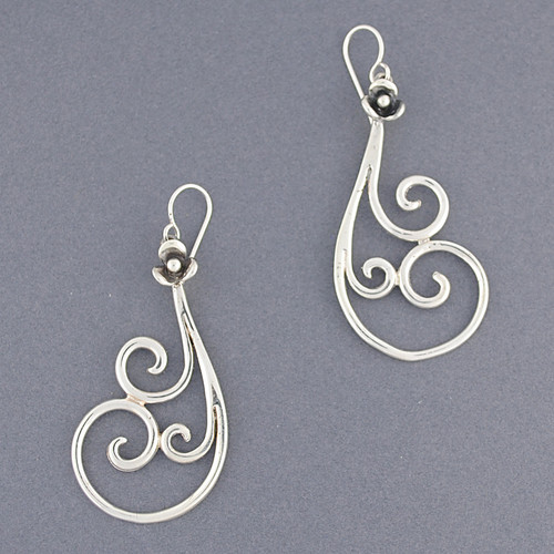 Sterling Silver Ornate Swirl Earring
