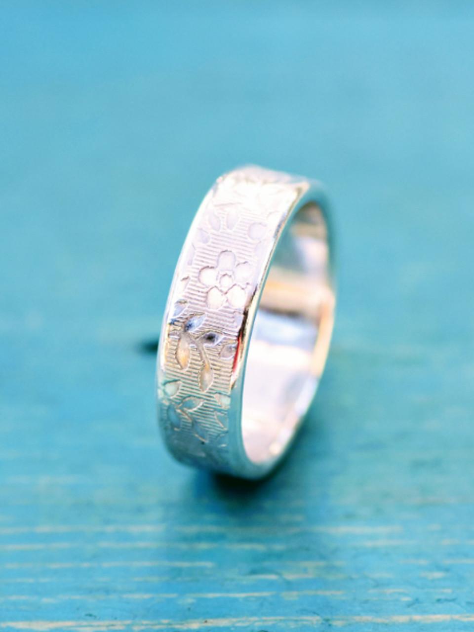 Flower Memorial Ring