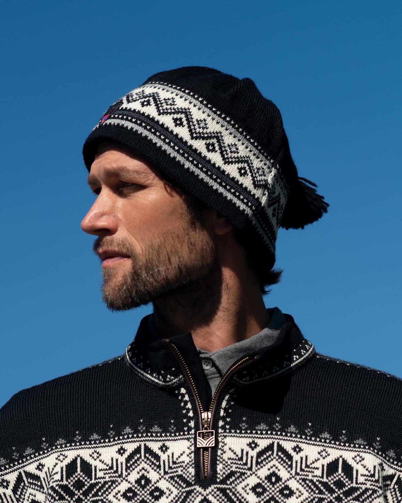Dale of Norway Vail Unisex Hat in Black/Dark Grey/Metal/Off White, 40331-F