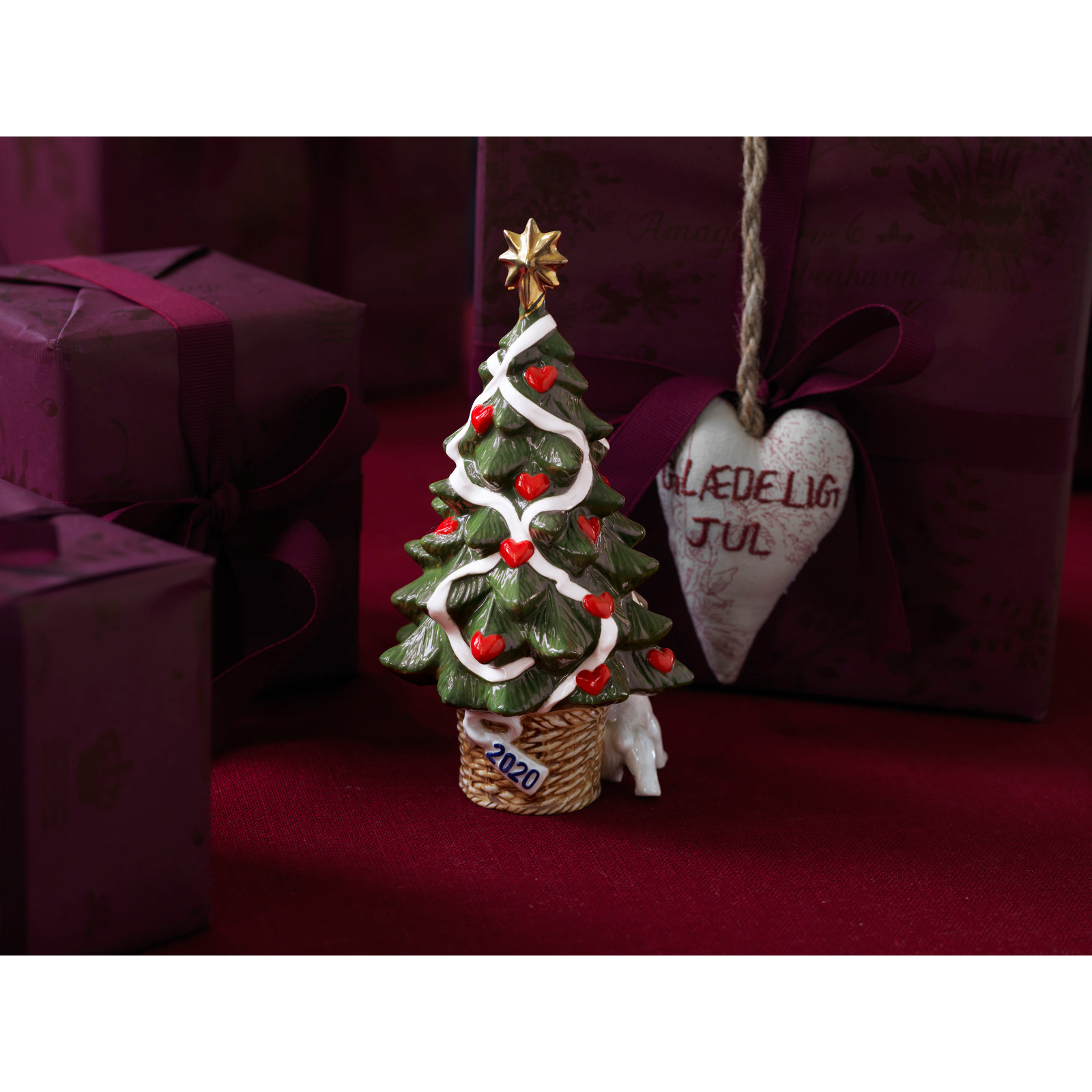 Royal Copenhagen 2020 Annual Christmas Tree Figurine (1051102)