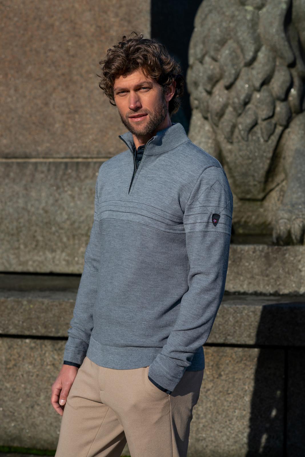 Dale of Norway Syv Fjell Half-Zip Sweater, Mens - Smoke/Dark Charcoal, 94191-E (94191-E)