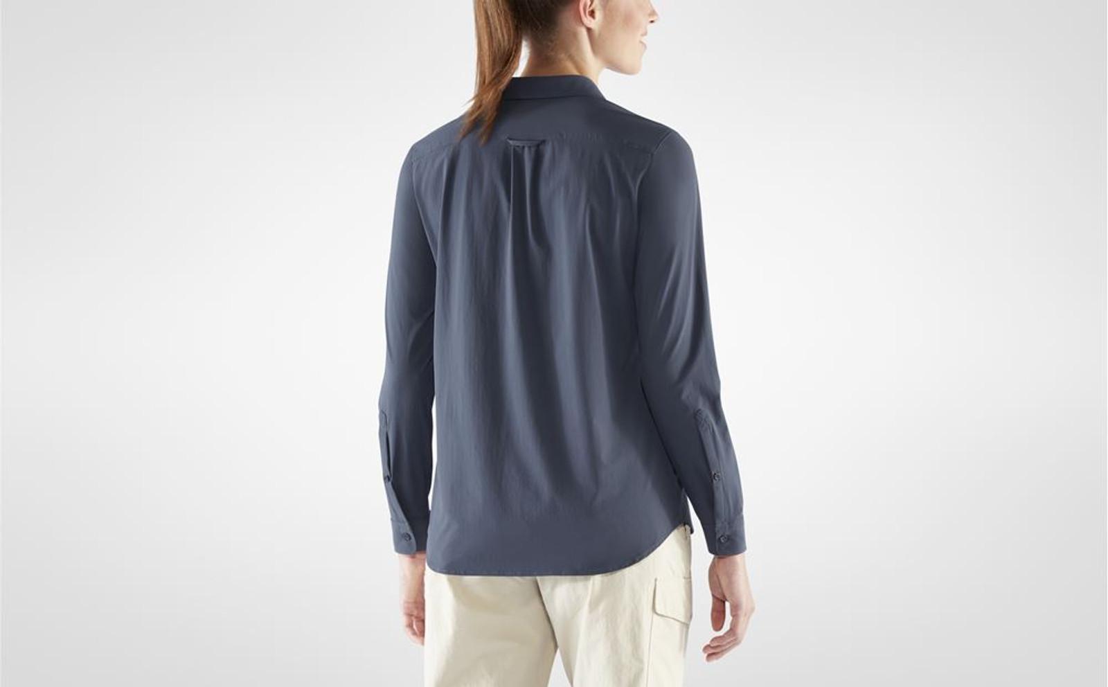 Fjällräven Övik Lite Shirt, Women's, Navy - F89980-560 (F89980-560) on model back