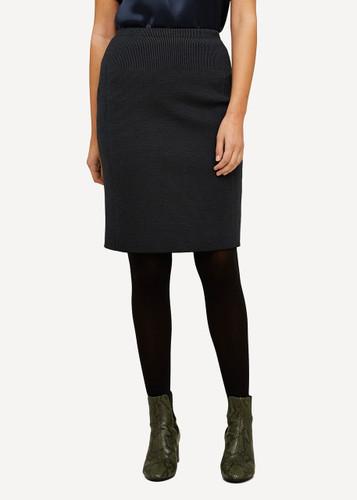 Ester Oleana Short Knitted Skirt, 321O Black