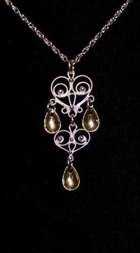 Noble Heart -3 Tears - Pendant, Solje of Norway