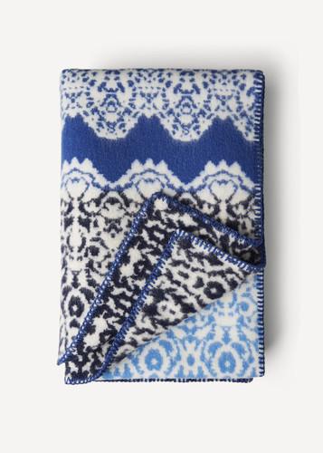 Fredrika Oleana Blanket in a Lace Pattern with Contrast Stripe, 214FQ Blue