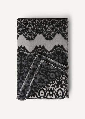 Fredrika Oleana Blanket in a Lace Pattern with Contrast Stripe, 214D Grey