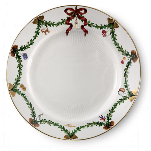 "Royal Copenhagen Star Fluted Christmas 7.5"" Dessert/Salad Plate"